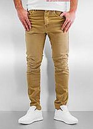 Стильные джинсы  slim