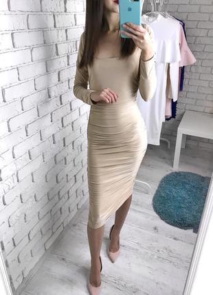 Красивое нюдовое платье миди от missguided