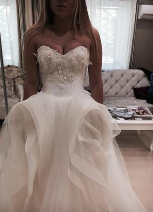 Дизайнерское свадебное платье (производство испания)