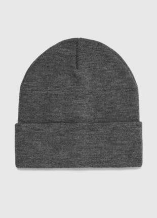 Трикотажная шапка zara man темно-серая