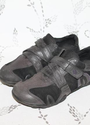 Кожаные кроссовки ecco 36 размер 23 см стелька