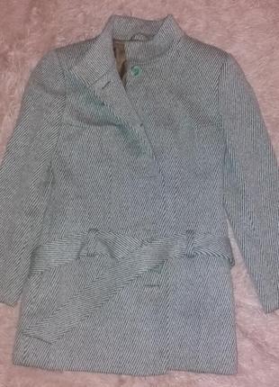 Пальто классическое! в идеальном состоянии!!!