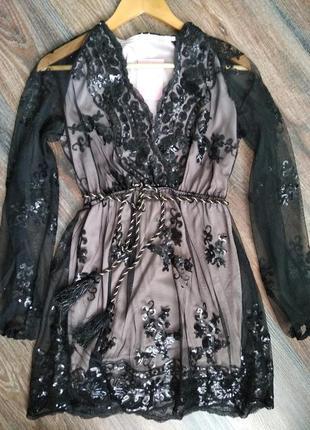 Нове плаття в паєтки
