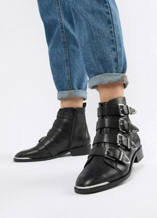 Сапоги ботинки кожаные казаки ковбойские пряжки черные низкий каблук купить цена