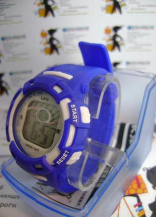 Водозащищенные детские,женские часы lsh электронные