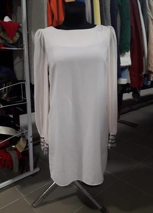Шикарное нюдовое платье spotlight