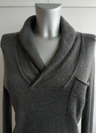 Стильный джемпер dkny (donna karan new york) серого цвета с карманами и воротником3 фото