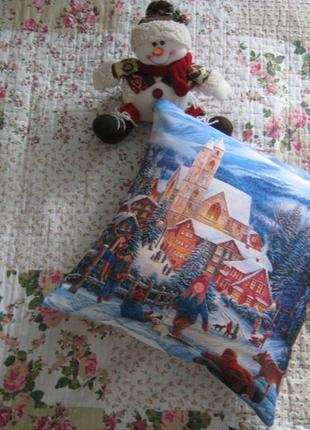 Новогодняя декоративная подушка