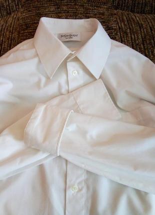Рубашка белая yves saint laurent.