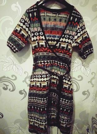 Новогоднее теплое шерстяное платье миди на запах gsus