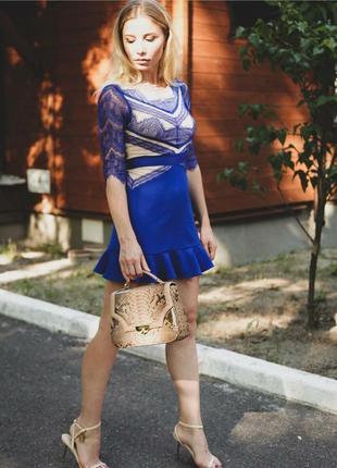Эксклюзивное дизайнерское коктейльное платье с гипюром