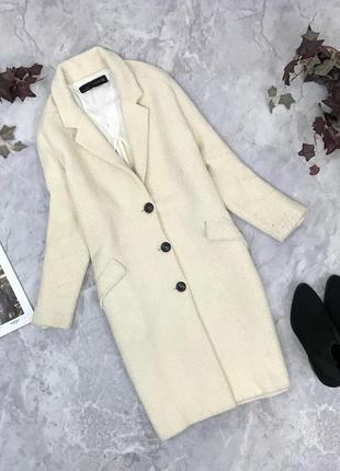 Аккуратное пальто в нюдовом цвете  ov1851057 zara