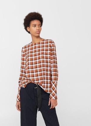 Стильная блузка в клетку mango размер хс(34)