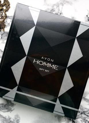 Мужской парфюмерный набор avon homme