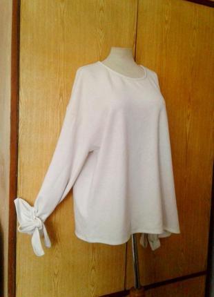 Белая блузка с звязками на рукавах, 4xl- 5xl .