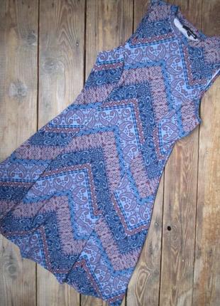 Платье американка tally weijl с красивой спинкой, р. м, состояние новой вещи