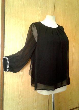 Шикарная черная шифоновая блузочка с воланами по спинке. м-l.