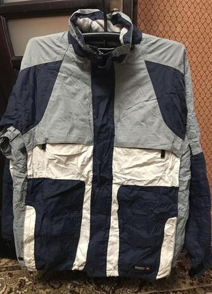 Фирменная спортивная куртка лыжная