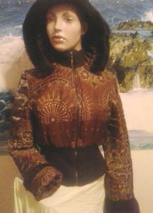 Блестящая зимняя женская куртка бомбер