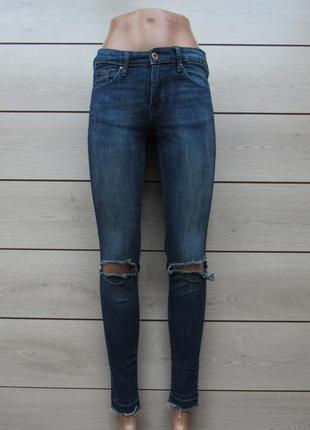 Новогодние скидки!джинсы скинни с рваными коленками бахромой рваные края от h&m р. 36/27/s