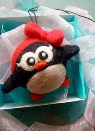 Брелок пингвин ручной работы