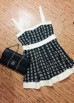 Невероятно привлекательное платье в стиле chanel, новый год, черно-белое, сарафан, мини