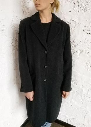 Трендовое пальто шерстяное