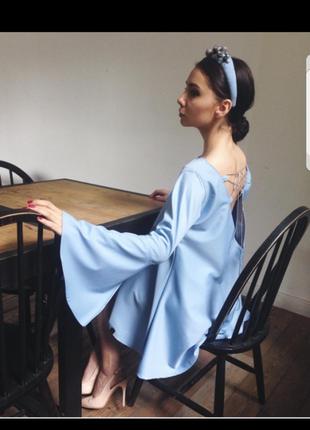 Дизайнерское небесно-голубое платье-трапеция