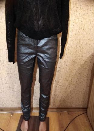 Стильные  брюки 44 размер