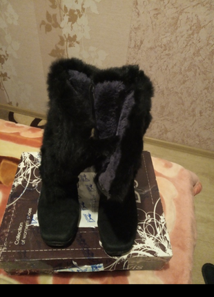Замшевые зимние ботинки, внутри натуральный мех