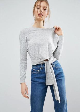 Укороченный  теплый(с добавлением шерсти)легкий свитерок ,с завязкой