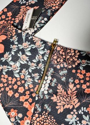 Роскошный костюм в цветы,блуза и юбка4 фото
