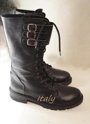 Ботинки сапоги деми стиль тренд, италия, состояние новых! много брендовой обуви