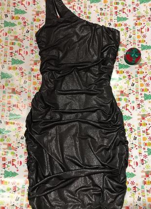 Guess платье чёрное мини