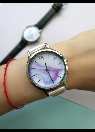 Часы женские с единорогом мраморный циферблат серебряные