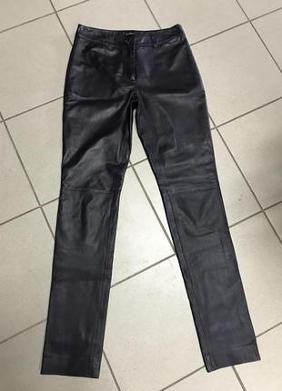 Брюки фирменные кожаные стильные globus essential размер s или 36