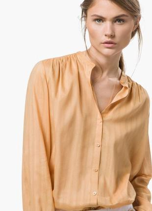 Легкая блуза от massimo dutti