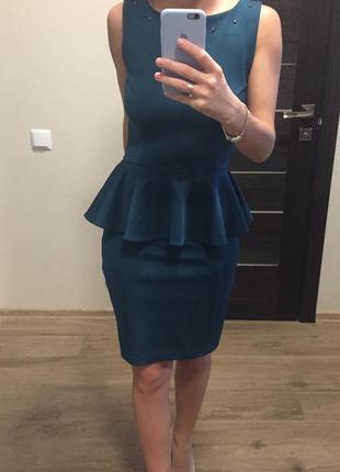 Качественное платье reserved
