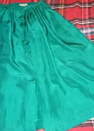 Изумрудная шелковая юбка