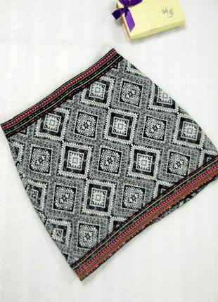 Трендовая легкая короткая мини юбка в принт с вышивкой от atmosphere размер m