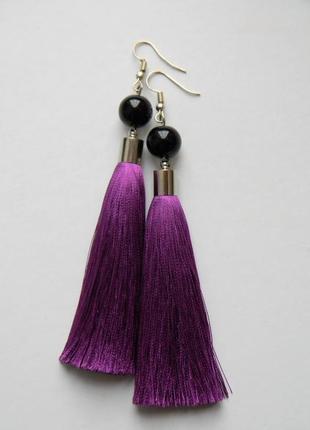 Фиолетовые серёжки кисточки с стеклянными бусинами