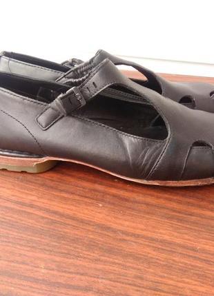 Летние туфли dr.martens 11714 ,размер 41-й...