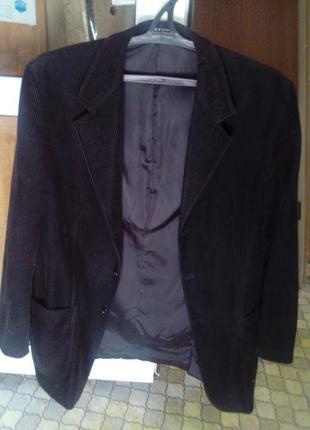 Стильний вільветовий піджак 54-56 розміру