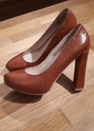Хорошие туфли sharman