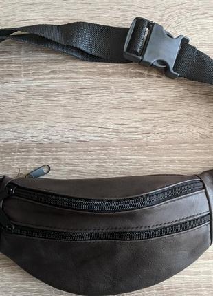 Бананка натуральная кожа, стильная сумка на пояс серая темная цвета камня