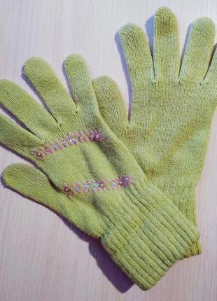 Зелёные перчатки
