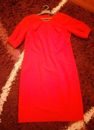 Красное класное платье