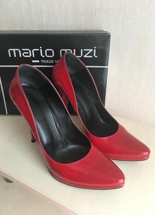 Красные туфли-лодочки из лаковой кожи mario muzi 031c6bc4798b3