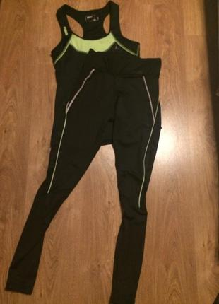 Стильные спортивные штаны с сеточкой р.с (есть  еще майка похожая)