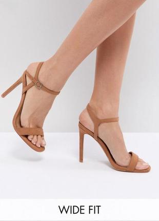 Туфли босоножки на высоком каблуке под замшу